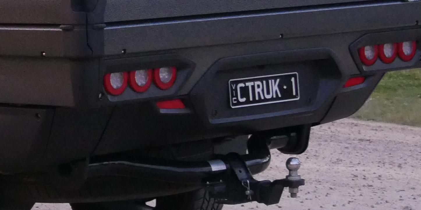 Comtruk rear valance panel for Sport Utility Bed ute tray